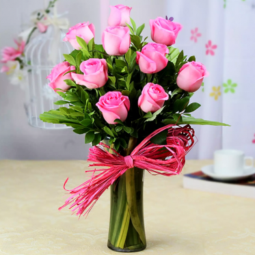 Pink Roses With Sweetness Affairs - Send flowers & Combo Gift - Proflowers.pk