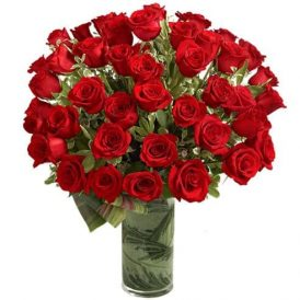 50 Roses of Love | Valentine's Day Flowers Delivery Pakistan
