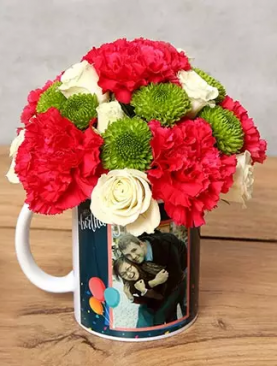 ROSES IN BIRTHDAY MUG