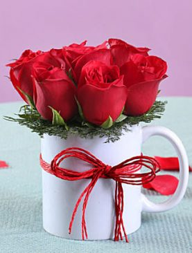 RED ROSES WITH WHITE MUG